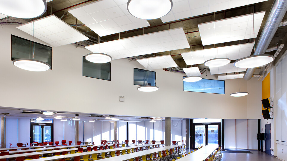 Featured products: Rockfon® Tropic™, A24, 600 x 600