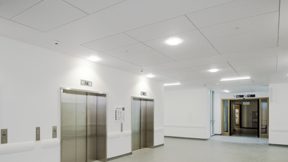 Featured products: Rockfon® Medicare™ Standard, A24, 1200 x 600